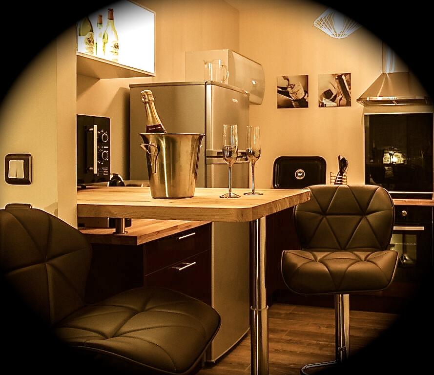 Espace cuisine & bar - Appart Spa 21 © Mo Vrinat
