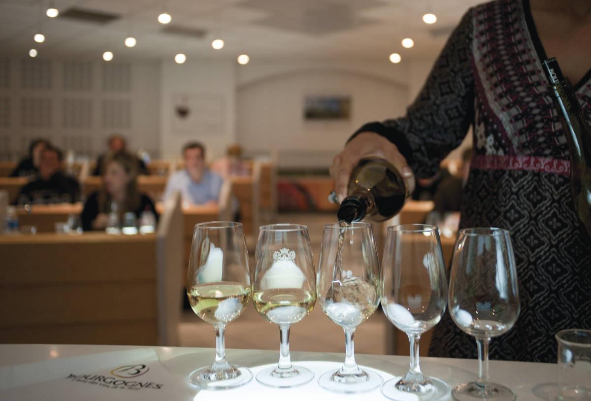 8937-5ewk9neyxa-whr - Ecole des Vins de Bourgogne / BIVB