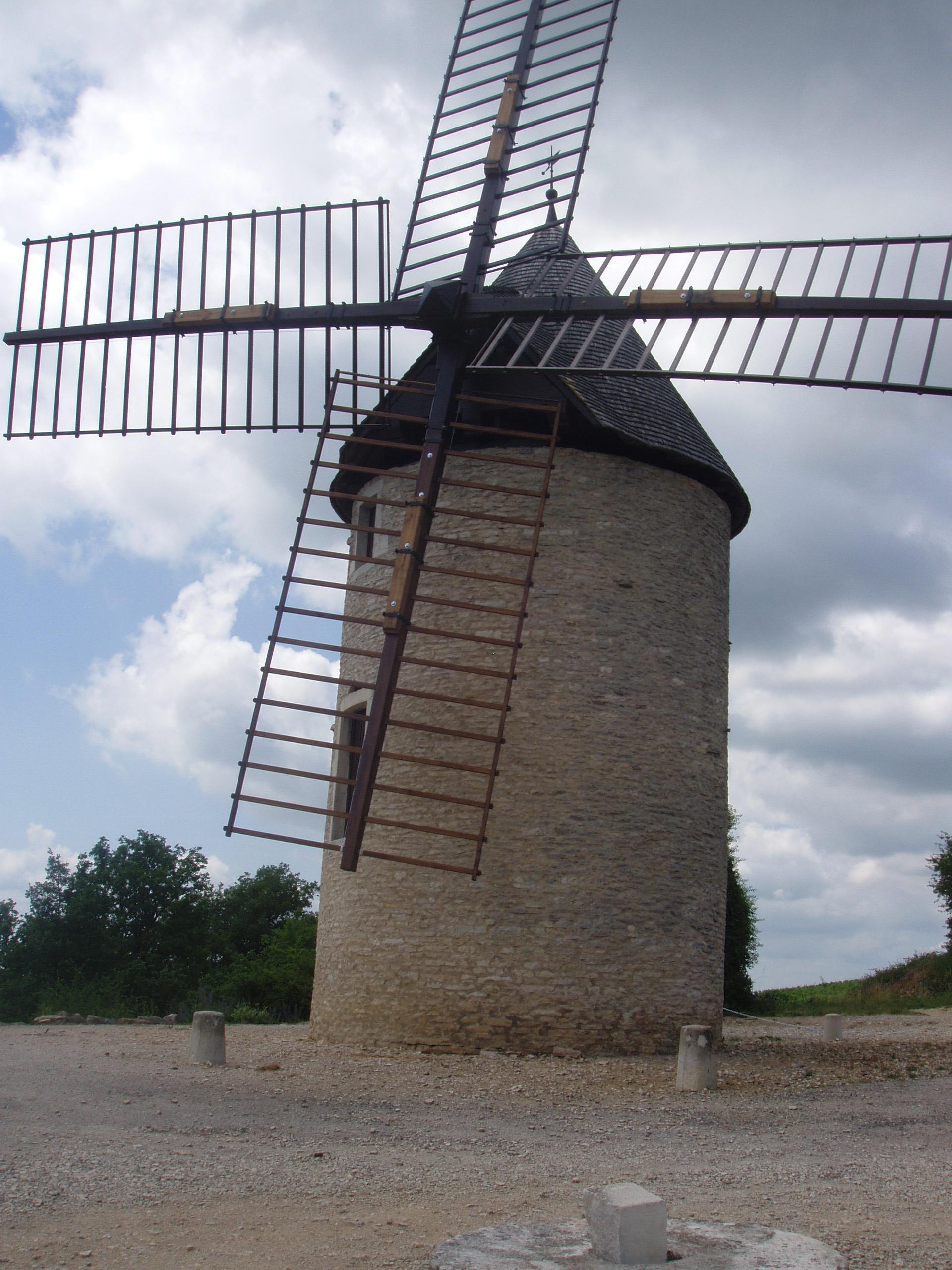 Moulin Sorine - OFFICE DE TOURISME DE BEAUNE CÔTE ET SUD©ANTENNE DE SANTENAY